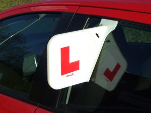Learn to drive with learner driver plates
